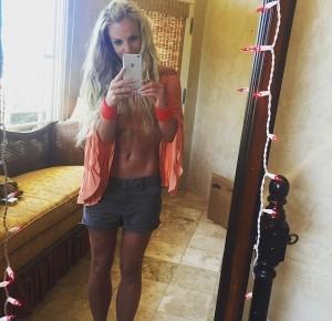 Cada dia mais magra, Britney Spears exibe corpo sarado no Instagram