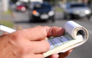 Multas de trânsito terão alta de até 66%; usar celular será infração gravíssima