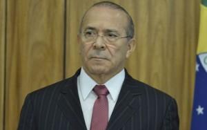 Ministro admite que governo Temer está preocupado com impeachment