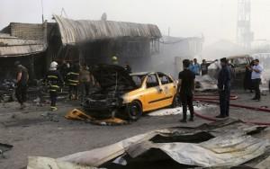 Explosões deixam pelo menos 125 mortos em centros comerciais de Bagdá