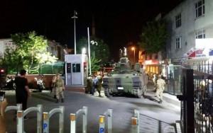 Militares anunciam golpe de Estado na Turquia