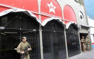 Justiça bloqueia R$ 100 milhões do PT, de Bernardo e de alvos da Custo Brasil