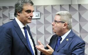 Anastasia defende que Dilma enfrente julgamento final do impeachment