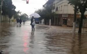 Chuvas deixam quase 200 famílias desabrigadas no Rio Grande do Sul