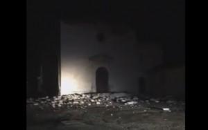 Terremoto na Itália deixa duas pessoas feridas