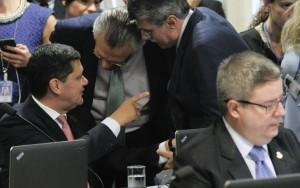 CCJ do Senado aprova fim do foro privilegiado e proposta vai ao plenário