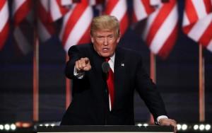 Trump diz que cumprirá promessa de erguer muro e deportar milhões de imigrantes