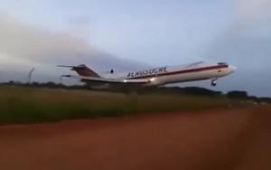 Avião cargueiro cai na Colômbia e deixa cinco mortos;