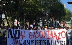 Protestos contra aumento no preço da gasolina deixam seis mortos no México