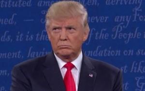 Tribunal rejeita recurso de Trump e decreto sobre imigração continua suspenso