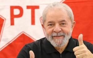 PF continua com computadores de Lula após um ano da condução coercitiva