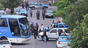 sequestro-onibus-escolar-rio