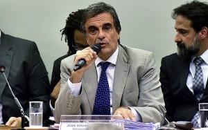 Cardozo chama ação contra Dilma de golpe de Estado e pede anulação de processo
