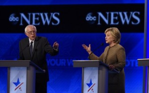 Hillary e Sanders prometem nomear latinos para cargos caso sejam eleitos