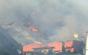 Incêndio atinge fábrica e deixa dois feridos no interior de São Paulo