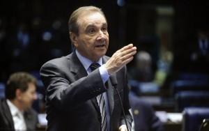 """Janot atribui """"estratégias de lavagem de dinheiro"""" ao senador José Agripino Maia"""