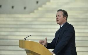 Saída do Reino Unido da UE ameaça paz no continente, diz David Cameron