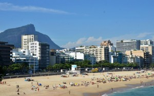 Mulher é presa por racismo em bairro nobre do Rio de Janeiro