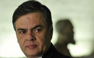 Líder do PSDB no Senado critica ação da PF que prendeu Paulo Bernardo