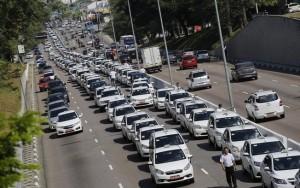Easy Táxi é liberado para concorrer com Uber em São Paulo