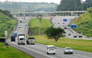 Pedágios nas rodovias de SP ficam mais caros a partir desta sexta-feira