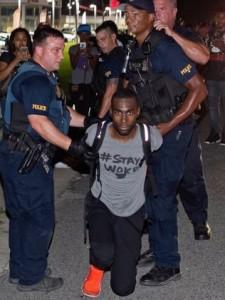 Em protestos contra violência policial, cerca de 200 pessoas são presas nos EUA