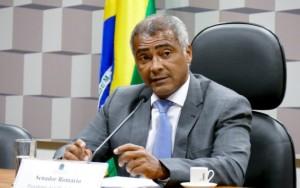 Romário desiste de se candidatar a prefeito e deixa presidência do PSB do Rio