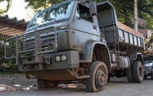 Militares são presos com três toneladas de maconha em caminhãodo Exército