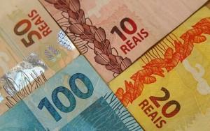 MP autoriza Banco Central a comprar papel moeda no exterior