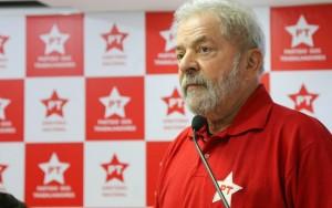 PT abraça proposta de Dilma e reedita campanha Diretas Já