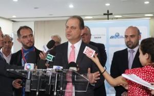 Ministro da Saúde pede mais investimento em saneamento básico
