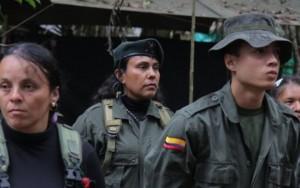 Em votação apertada, colombianos rejeitam acordo de paz com as Farc