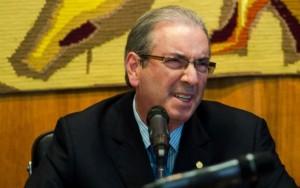 Eduardo Cunha é hostilizado durante votação no Rio de Janeiro