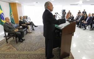 "Para Temer, PEC do Teto de Gastos dá ""credibilidade à economia brasileira"""