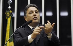 TSE cancela prisão de Garotinho, proibindo ida a Campos e acesso a testemunhas