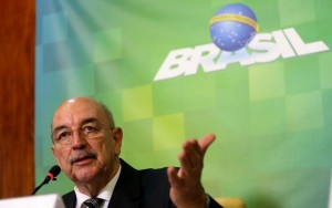 """Ministro diz que PEC é importante para que Brasil """"não vire um Rio de Janeiro"""
