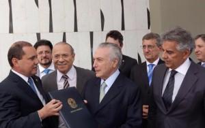 Presidente Michel Temer deixa Arena Condá sem vaias ou pronunciamento