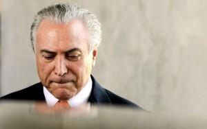 Câmara pede que Supremo decida sobre andamento de impeachment de Temer