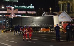 Alemanha prende suspeito de ajudar tunisiano no ataque a feira em Berlim