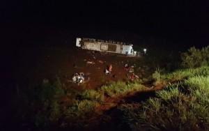 Acidente com ônibus no Paraná deixa pelo menos sete mortos