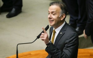 Ex-ministro de Dilma, deputado Aguinaldo Ribeiro será líder do governo na Câmara