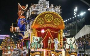 Confusão e fortes candidatas ao título marcam 2ª noite do carnaval de São Paulo