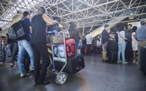Cobrança por bagagem em voos passa a ser permitida pela Anac na terça-feira