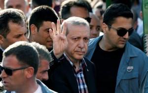 """Alemanha e Turquia voltam """"a se estranhar"""" depois de ato pró-curdos em Frankfurt"""