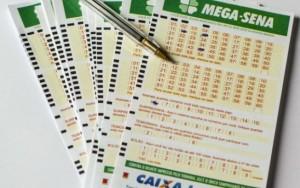Concurso da Mega-Sena acumula e pode pagar R$ 6 milhões na quarta-feira