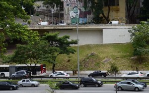 Para escapar de multa, pichadores têm três dias para reparação de fachada em SP