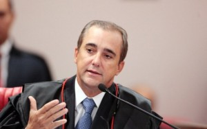 Novo ministro do TSE, Admar Gonzaga, chega para julgar chapa Dilma-Temer
