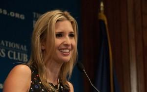 Filha de Trump defende o pai e é vaiada em convenção na Alemanha