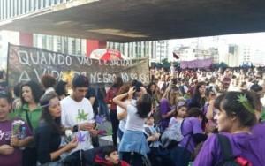 Marcha da Maconha passa pelo centro de São Paulo dividida em 'blocos temáticos'